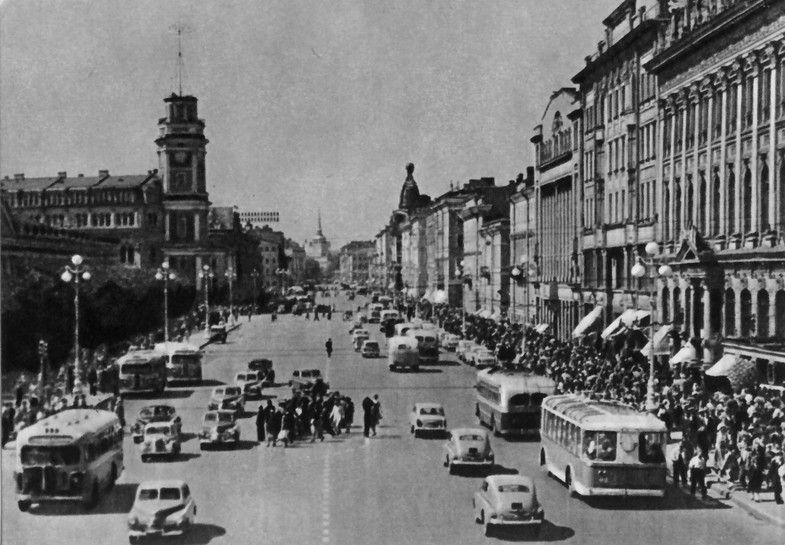 Ленинград. Невский проспект. 60-е годы прошлого века.