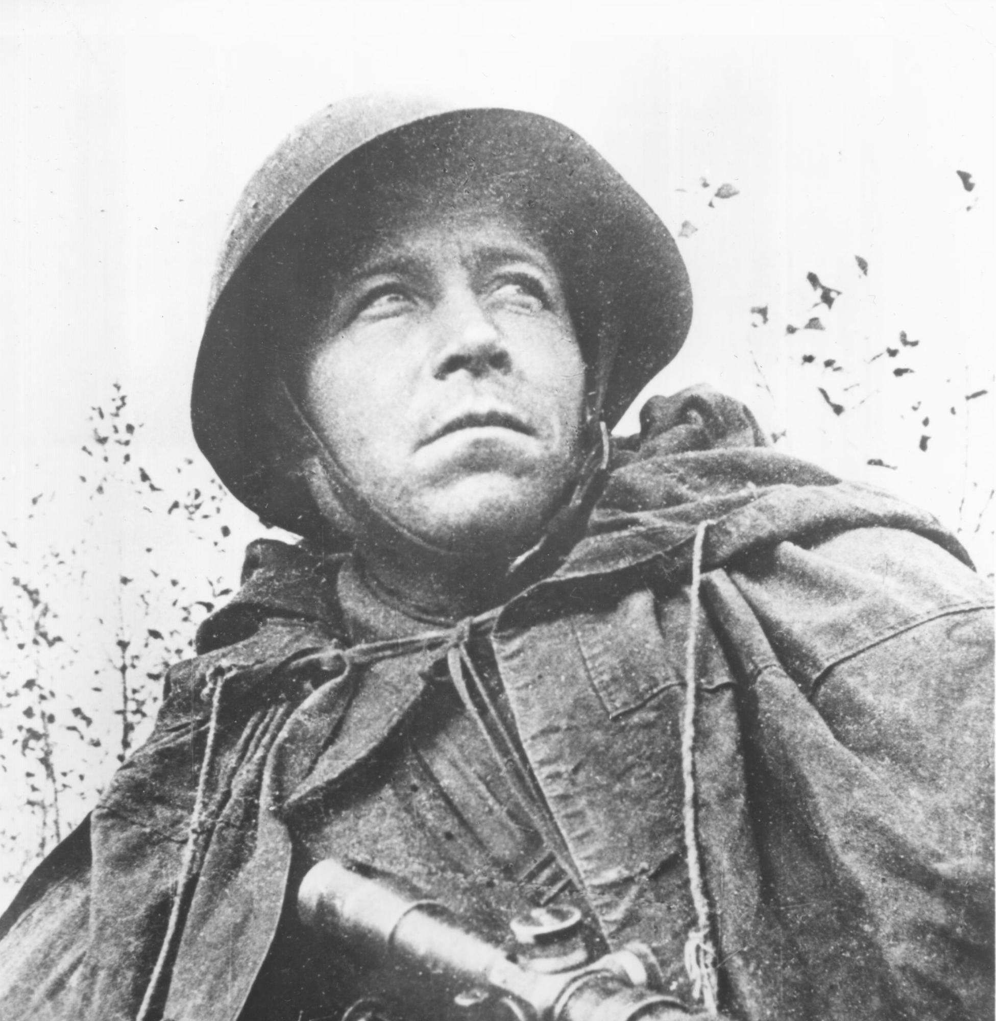 Russian soldier on the estern front
