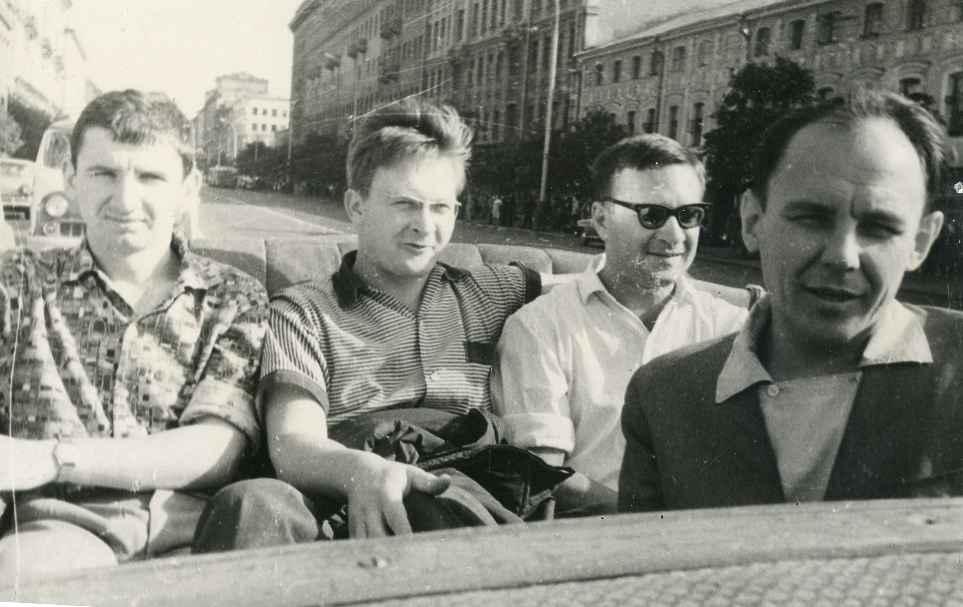 Экспонат #6. Съёмочная группа фильма «Город здоровья». 1965 год