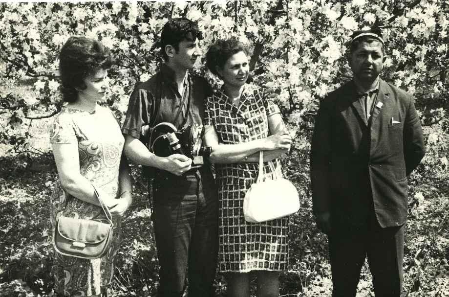 Экспонат #13. В Узбекистане с Аркушиной и Немковской. 1970 год