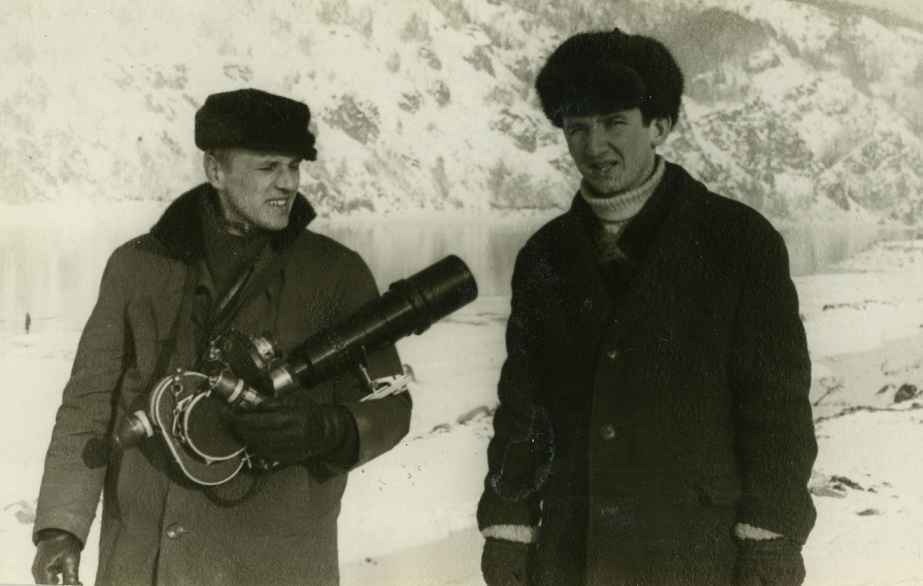 Экспонат #8. С Леонидом Гончаровым в Дивногорске. 1968 год