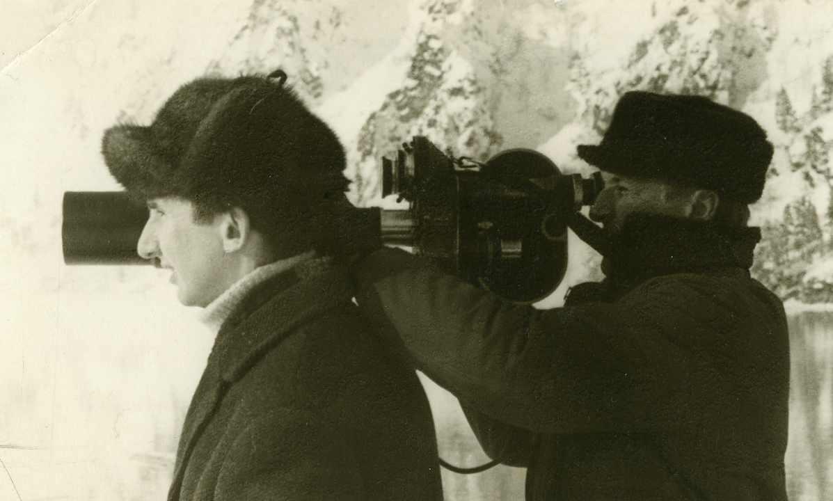 Экспонат #9. С Леонидом Гончаровым в Дивногорске. 1968 год