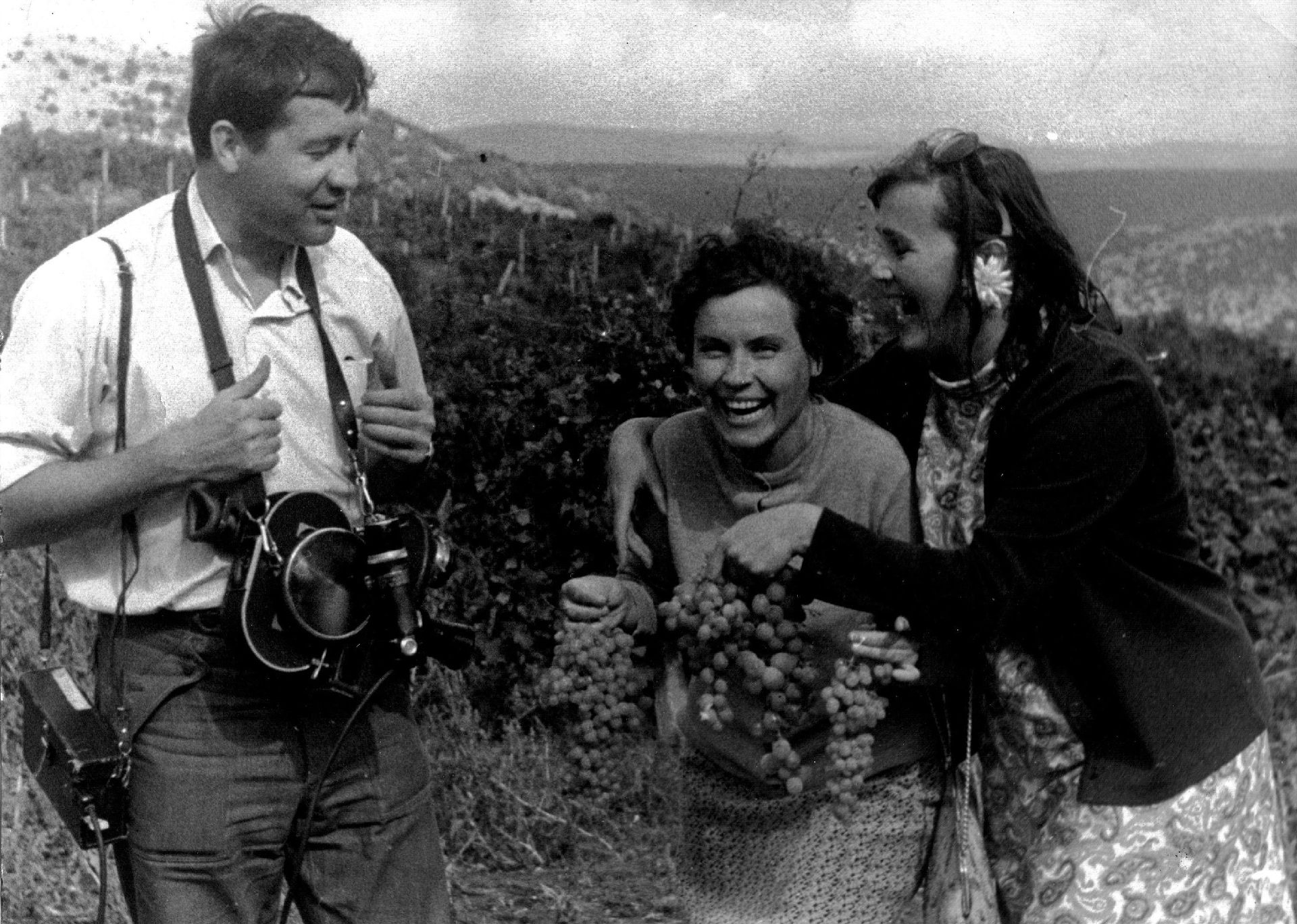 На съёмке с кинооператором Владимиром Байковым