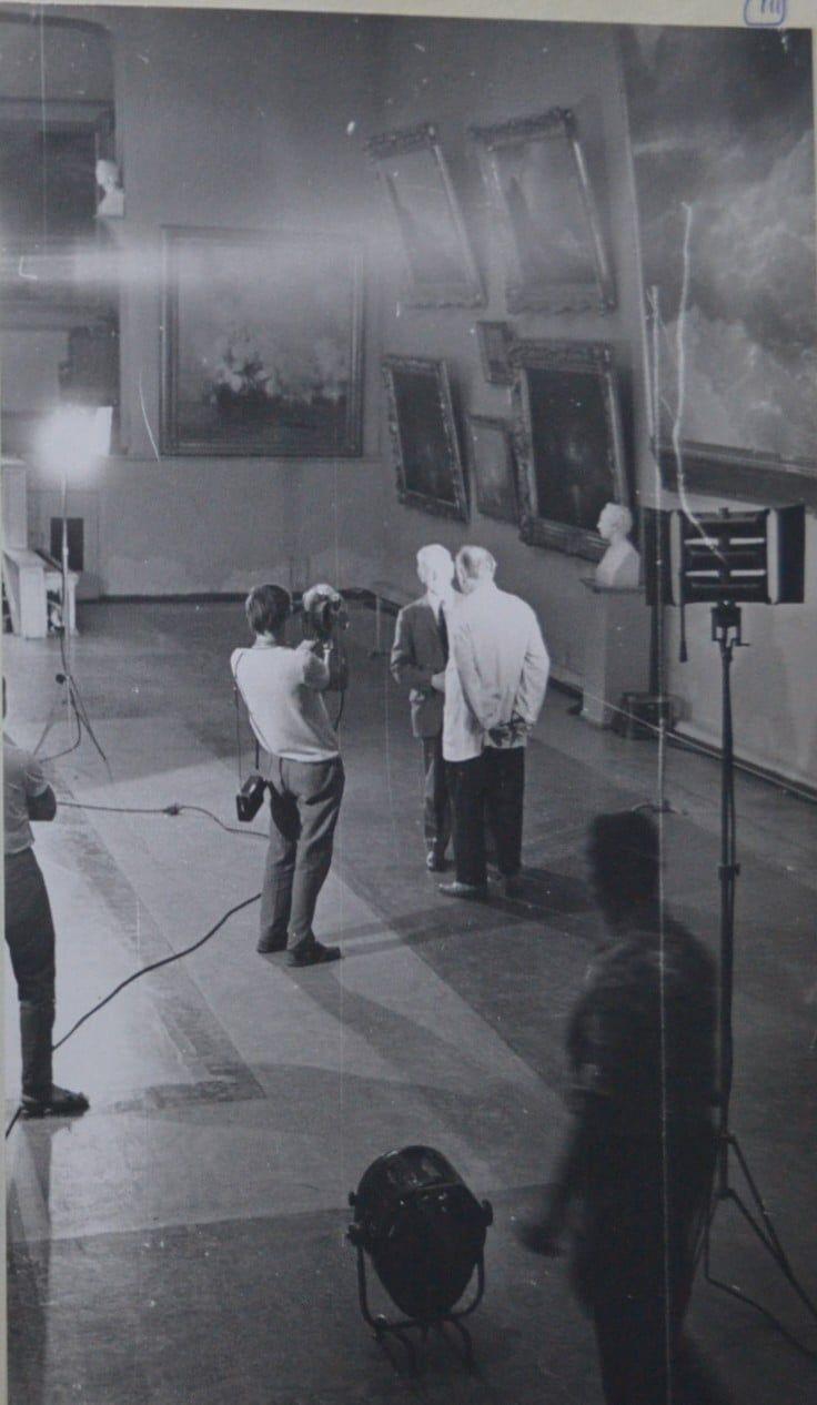 Экспонат #35. В картинной галерее И.К. Айвазовского
