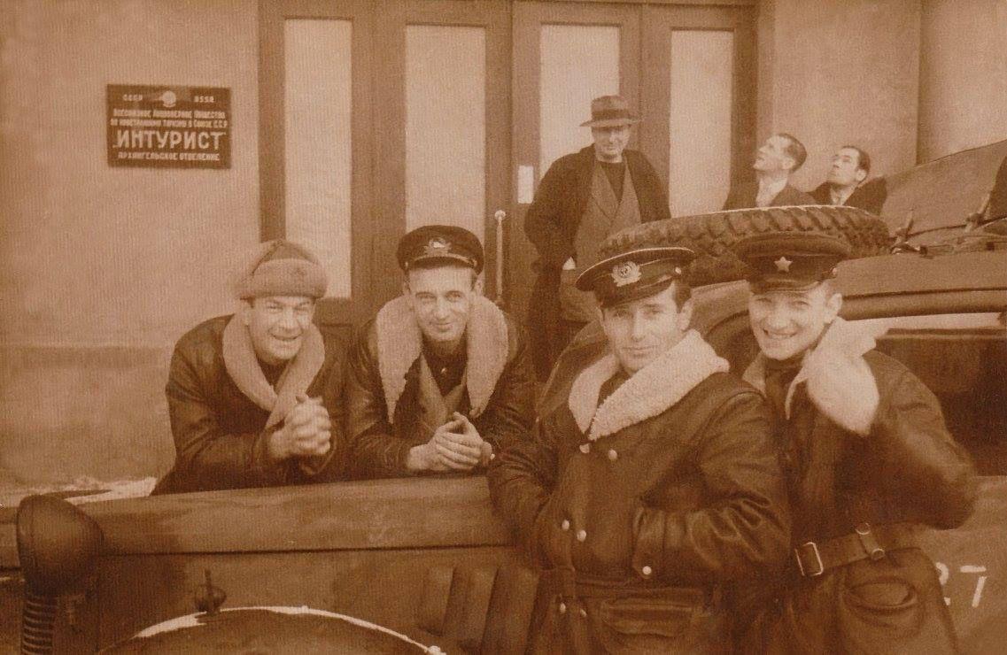 Экспонат #59. Кинооператоры в Архангельске. Ноябрь 1942 года