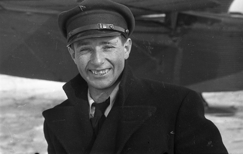 Экспонат #1. Кинооператор-документалист Владислав Владиславович Микоша(1909 — 2004)