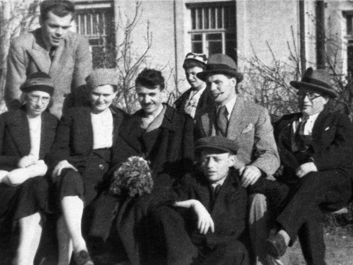 Экспонат #29. С В. Иосилевичем и М. Бессмертным. 1942 год