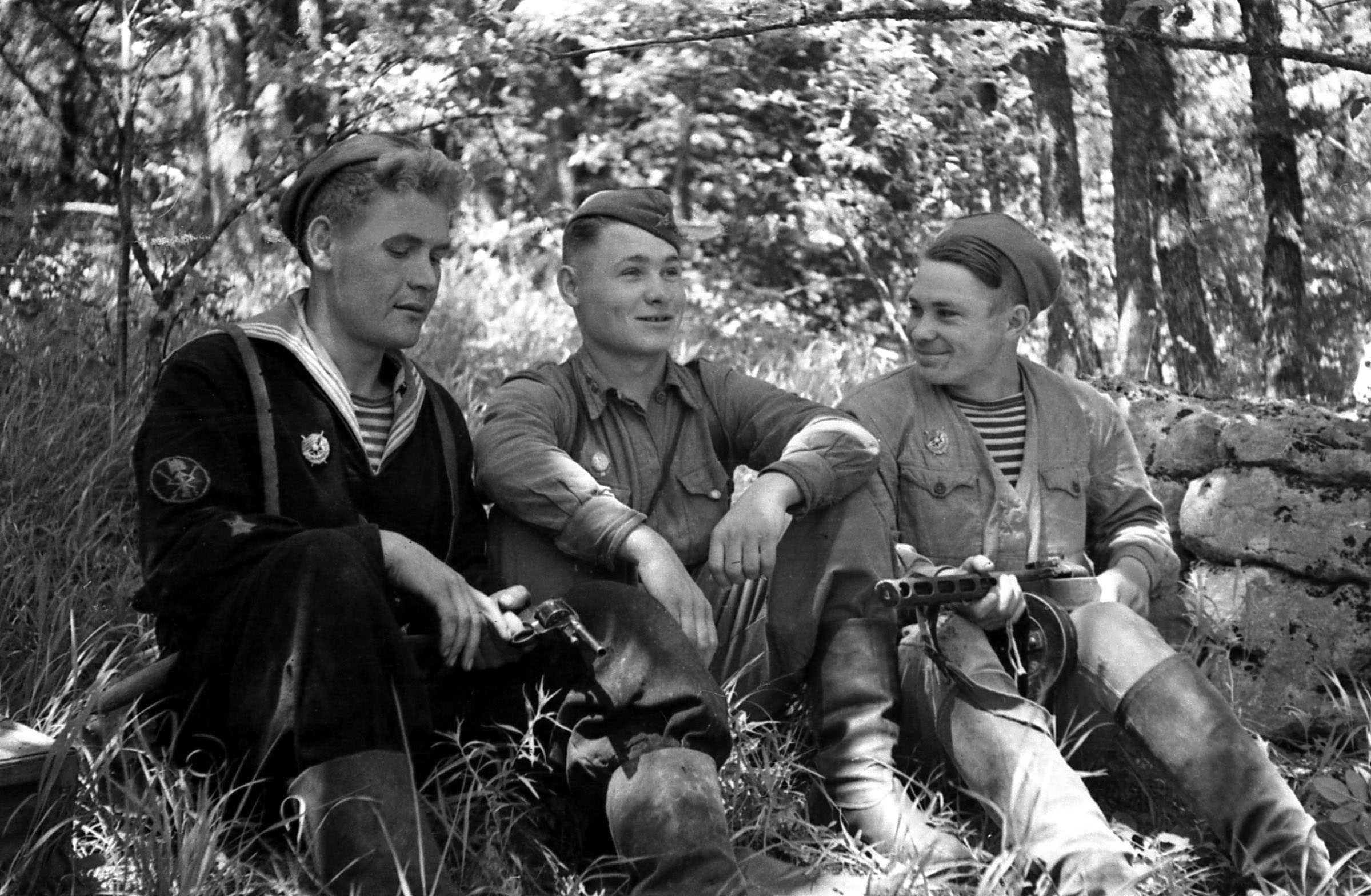 Экспонат #31. Матрос-партизан Печеренко. Лето 1943 года