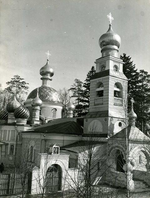 Храм Спаса Преображения в Переделкино. Фото Михаила Силенко