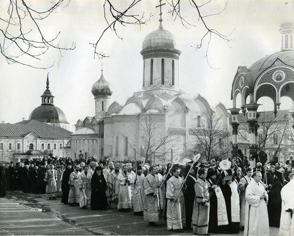 Похороны Патриарха Алексия. 20 апреля 1970 года. Фото Михаила Силенко