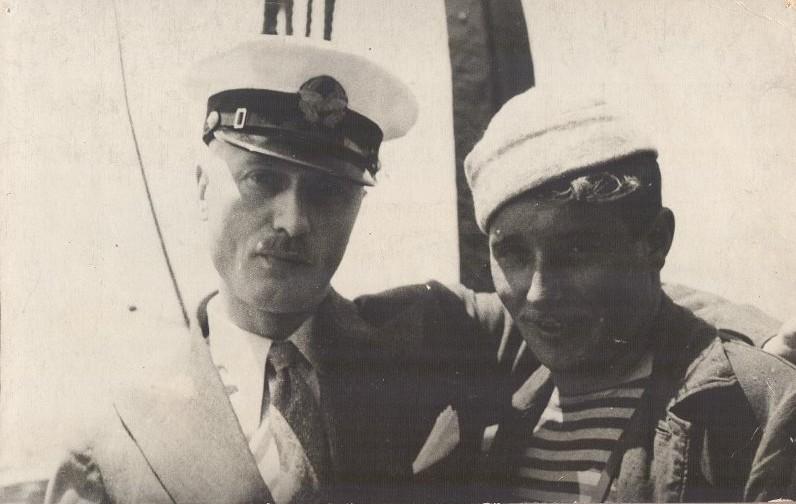 Экспонат #23. С летчиком Маврикием Слепневым на  «Смоленске». 1934 год