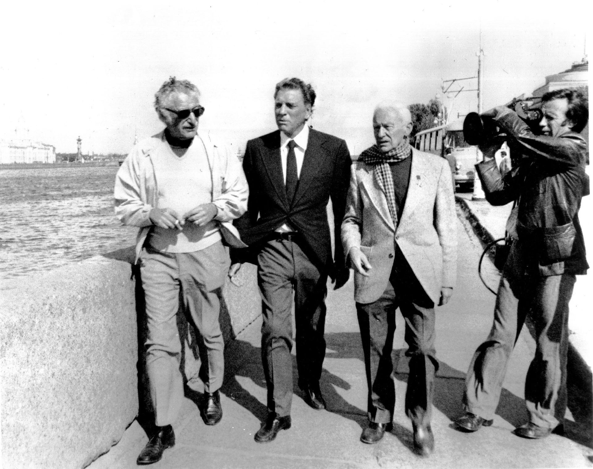 На съемках кинопрограммы «Великая Отечественная» («Неизвестная война»); 1977 — 1978 гг.