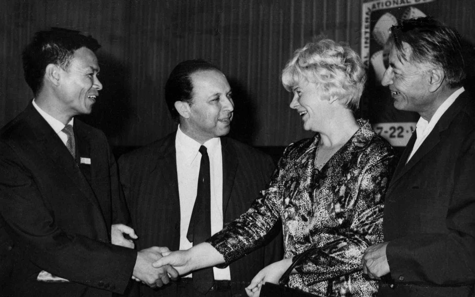 Экспонат #52. С Маликом Каюмовым и Лыу Суан Тхи. ЦСДФ. 14 июля 1969 года