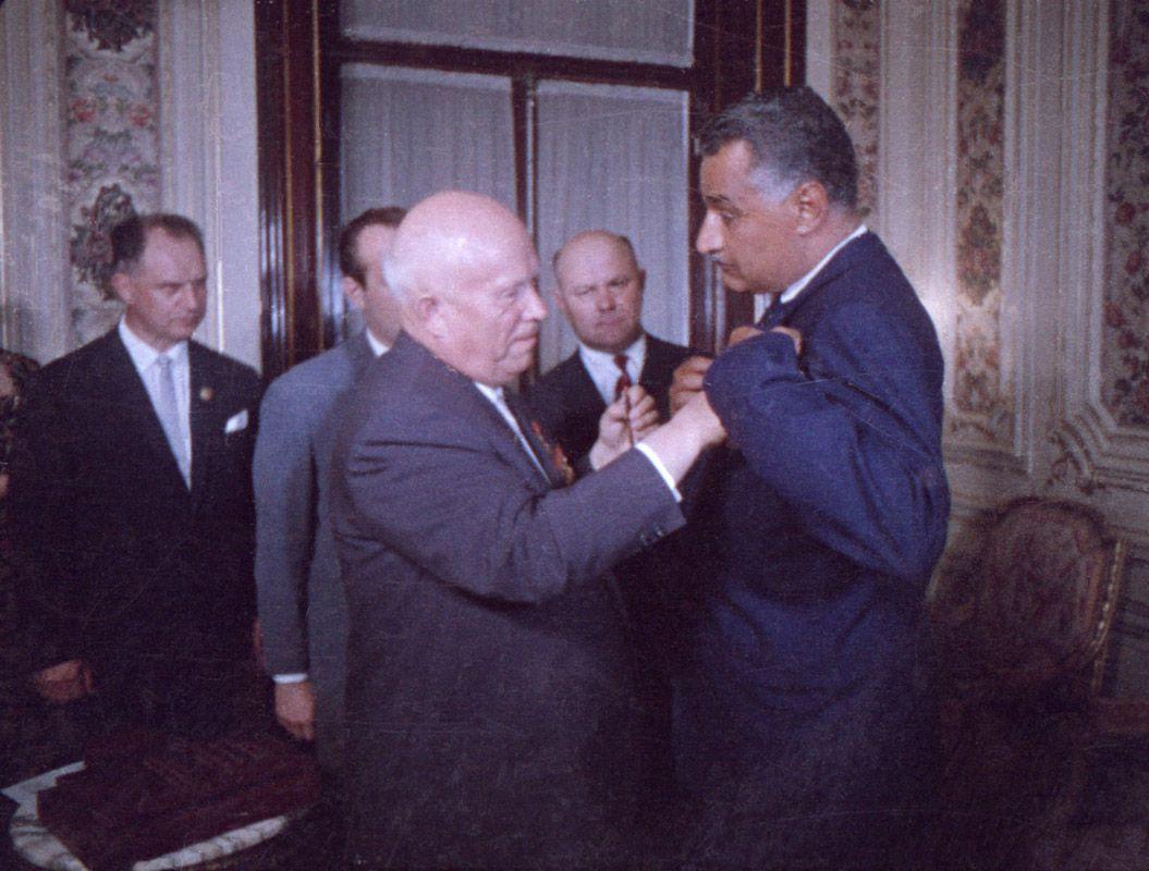Экспонат #142.  Хрущёв и Абдель Гамаль Насер. Египет. Май 1964 года