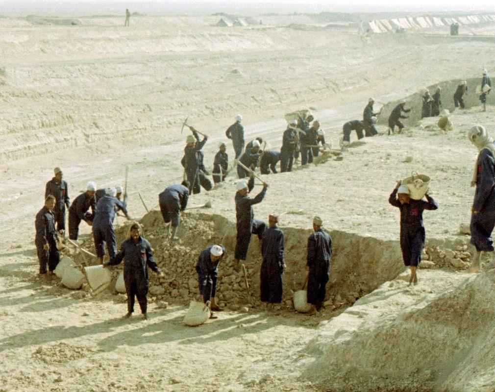 Экспонат #136. На строительстве Асуанской плотины. 1961 год