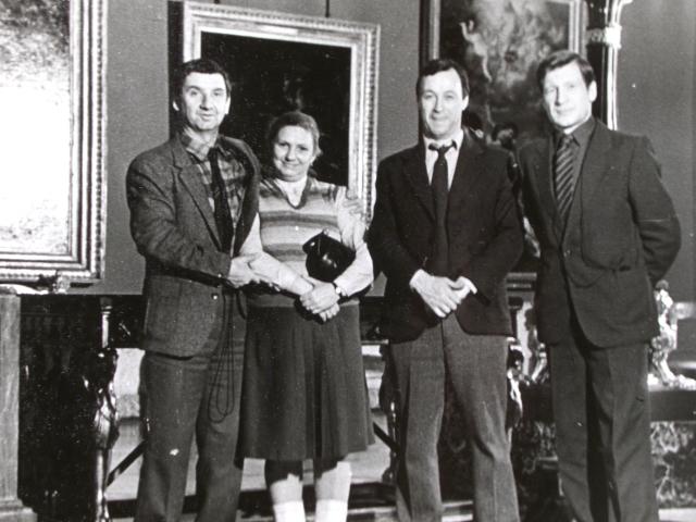 Экспонат #49. В музее Эрмитажа. Ленинград. 80-е годы