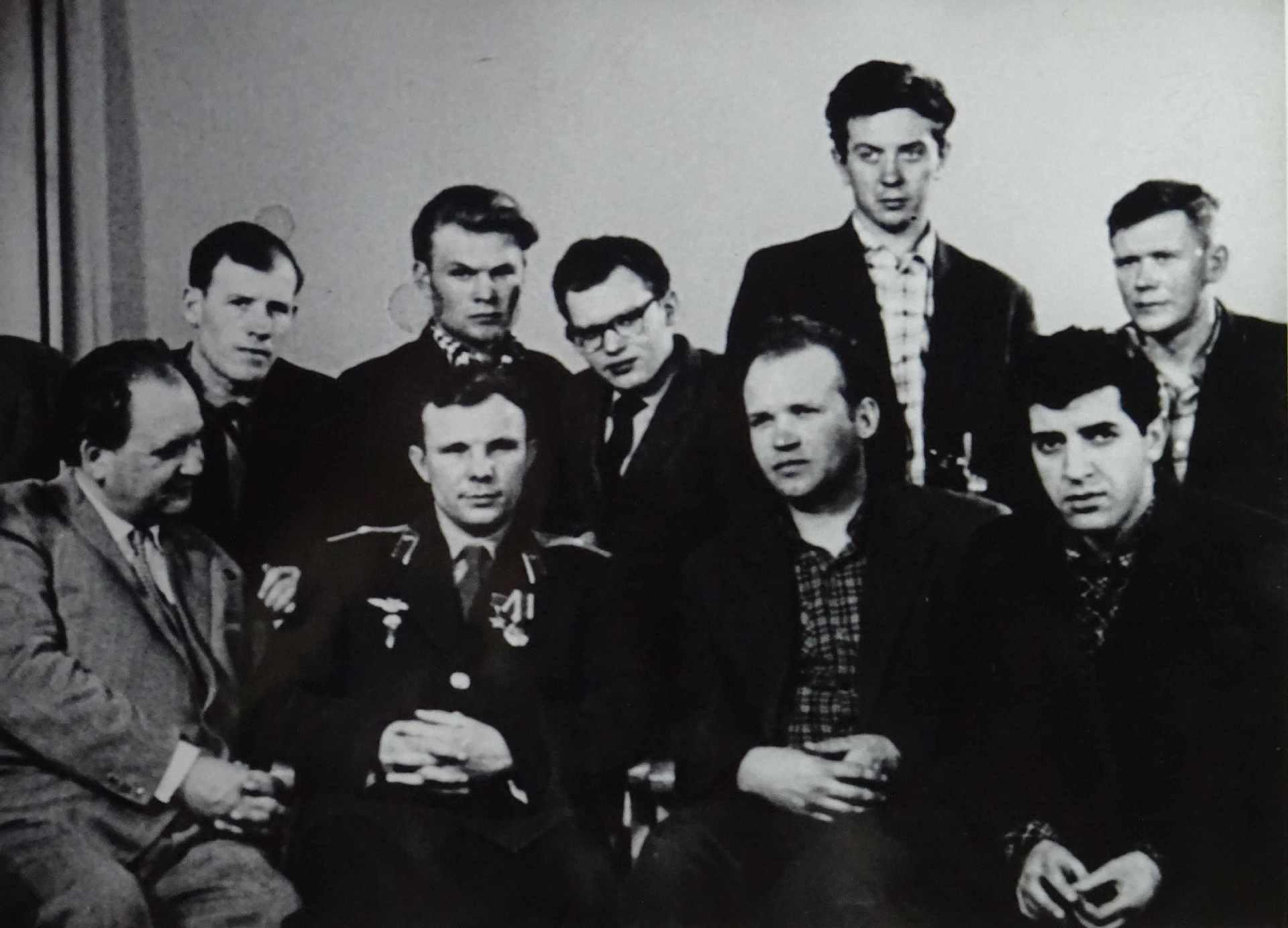 Экспонат #12. С первым космонавтом СССР Юрием Гагариным
