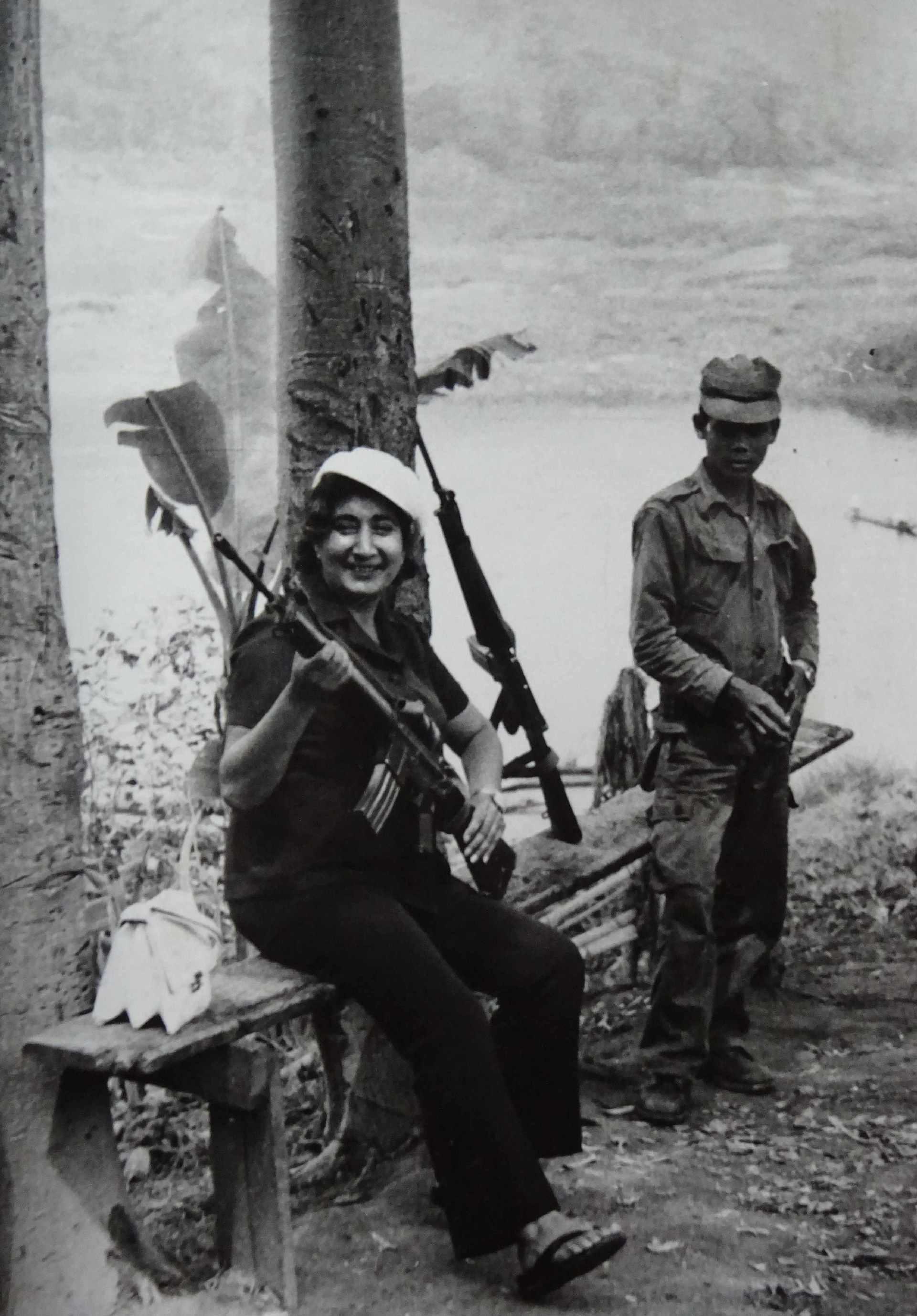 Экспонат #30. С Екатериной Вермишевой. Ангола, 1976 год