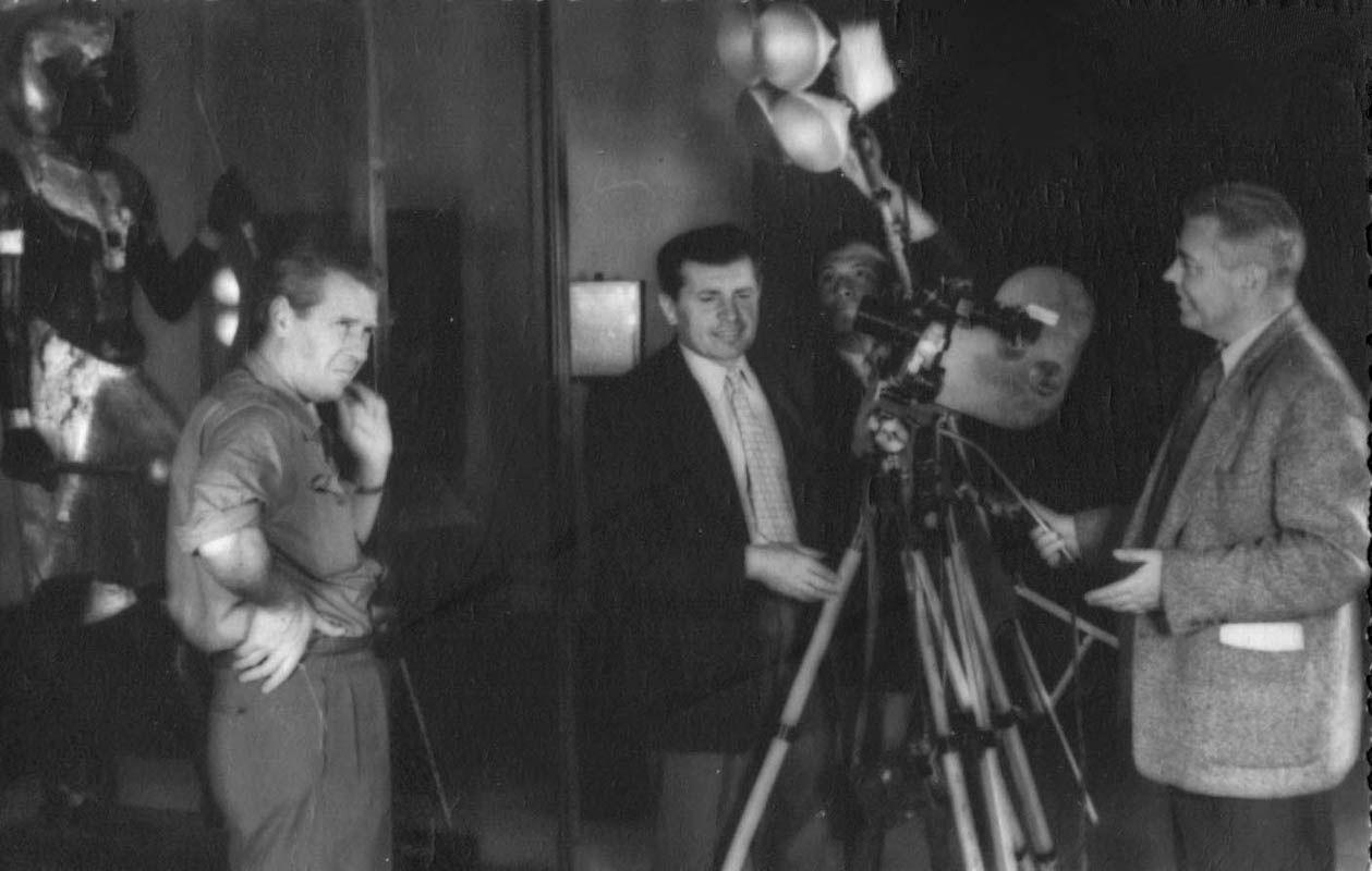 Экспонат #130. Киногруппа ЦСДФ на съемках в Каире. 1957 год