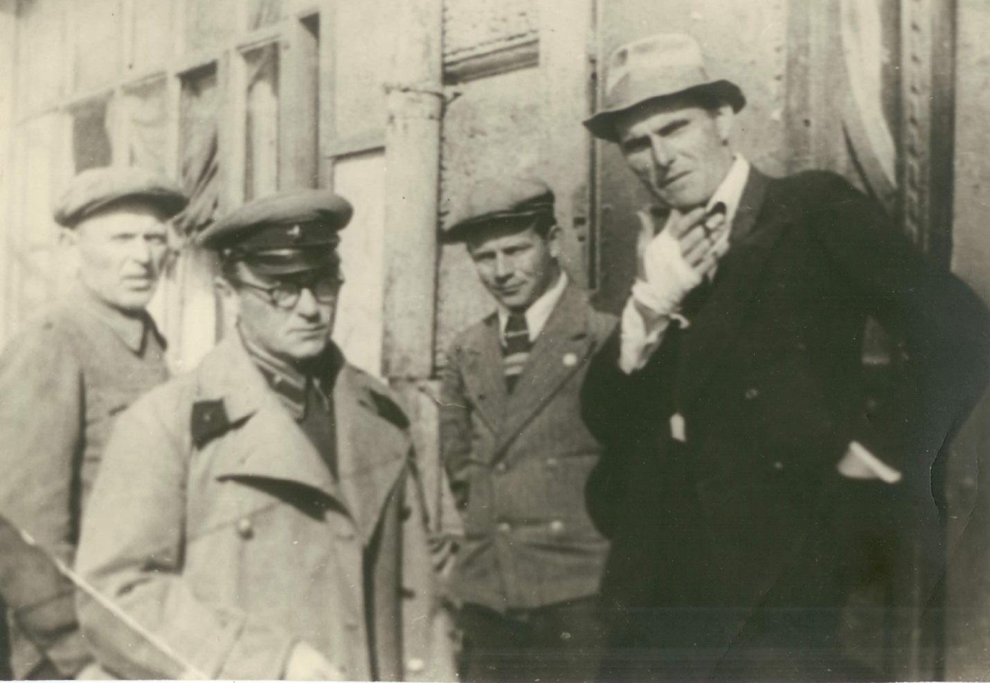 А.З. Кушешвили и А.В. Борзунин. Уссурийск, 1939 год