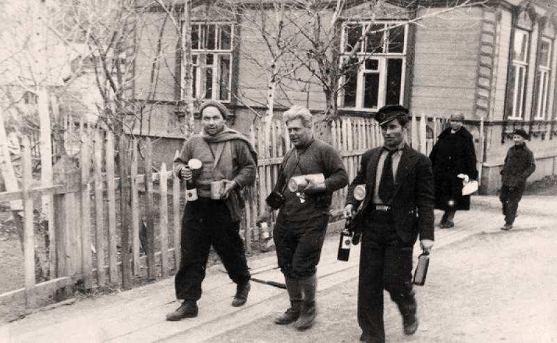 Экспонат #28. На Камчатке после завершения «челюскинской эпопеи». Май 1934 года