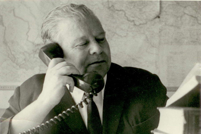 А. Борзунин на студии в Хабаровске. Последнее фото. 1970 год