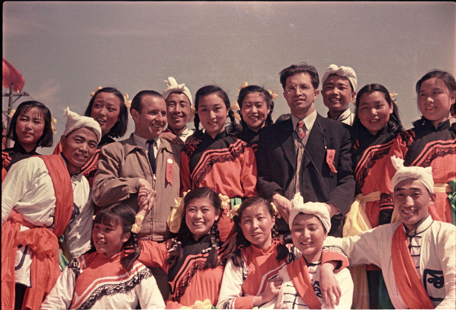 Экспонат #97. Владислав Микоша и Виталий Нестеров. Китай. 1950 год