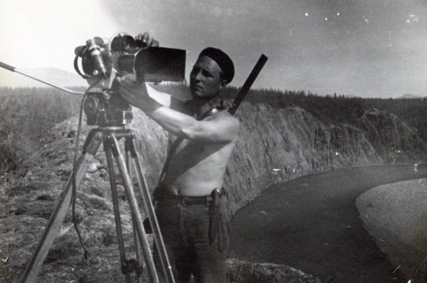 Экспонат #45. «По реке Яне» (1965)
