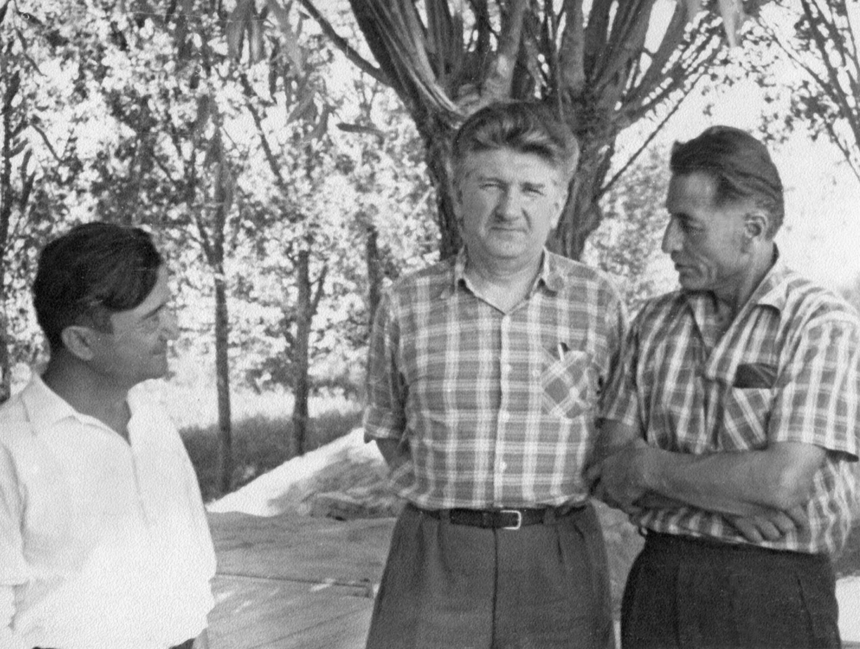 Экспонат #18. С Яшеном и Каюмовым в Узбекистане. 1962 год