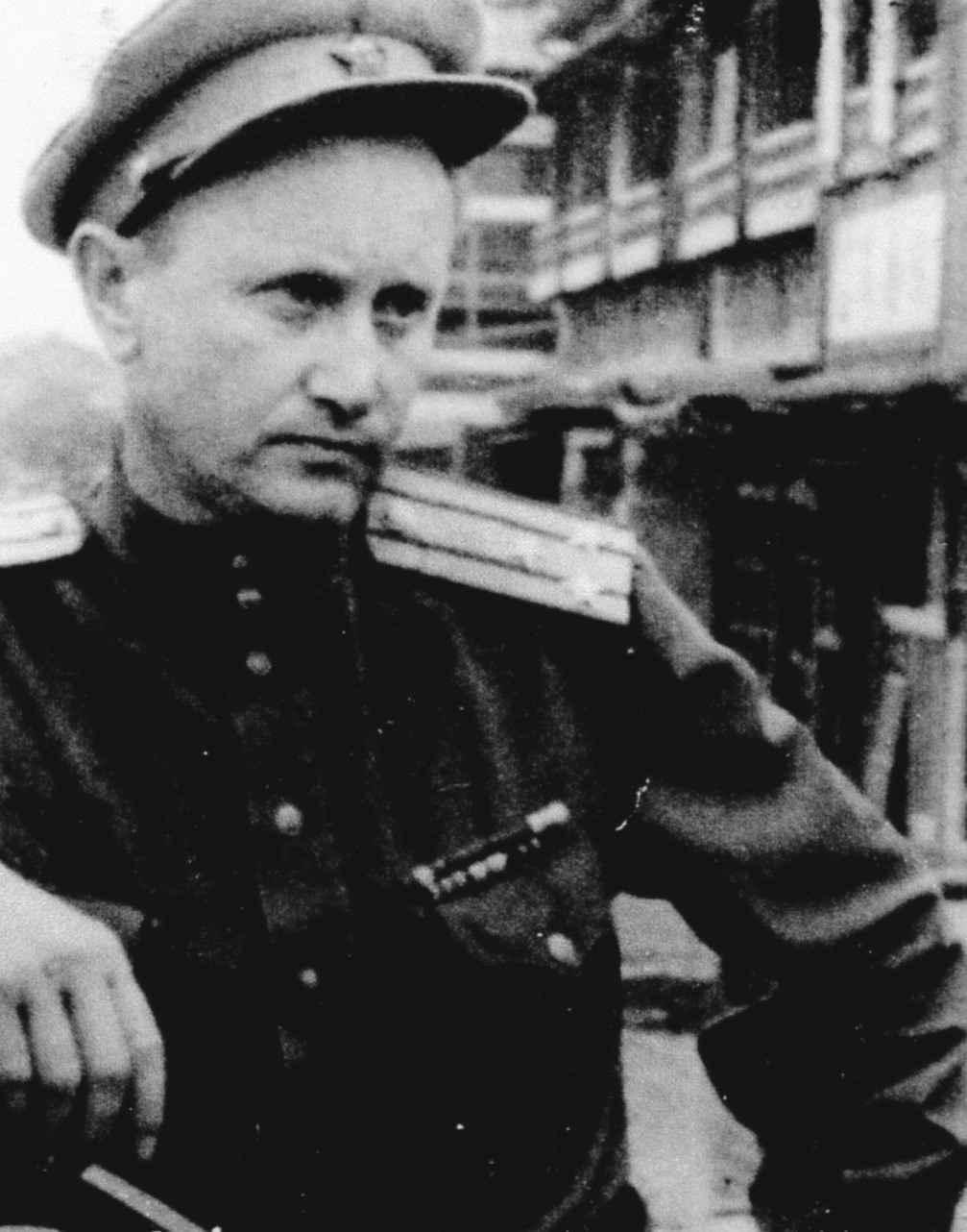 Экспонат #3. Михаил Ошурков — оператор и начальник киногруппы фильма «Разгром Японии»