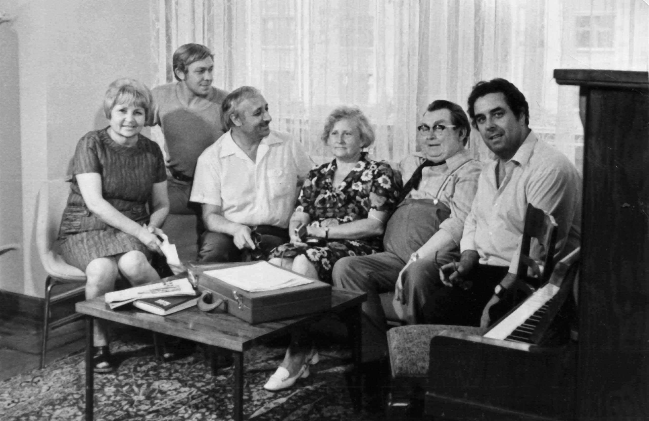 Экспонат #64. С композитором В.П. Соловьевым-Седым в гостинице «Москва».1975 год