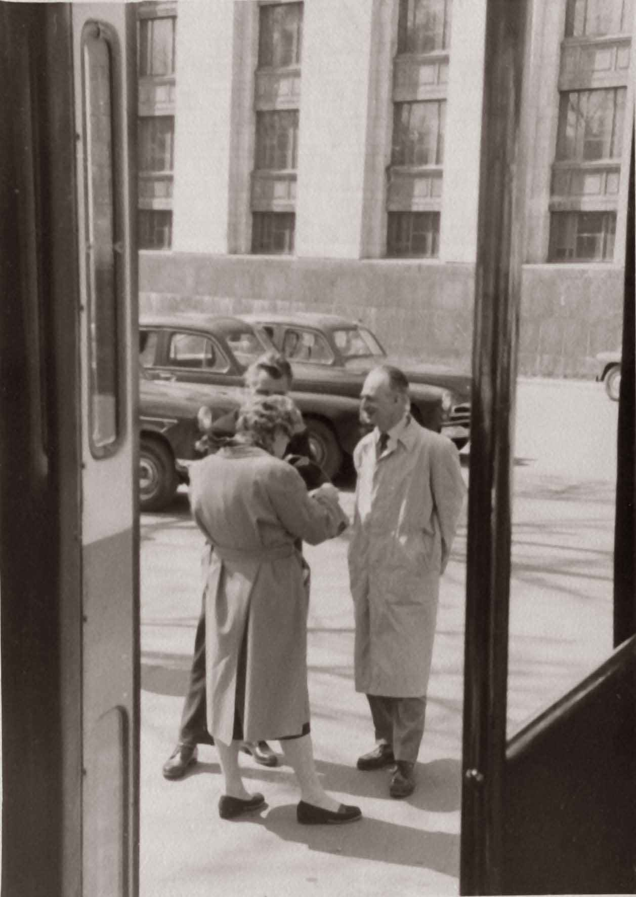 Экспонат #42. С Кириллом Никитиным и Леонидом Панкиным. МИД.Май 1960 года