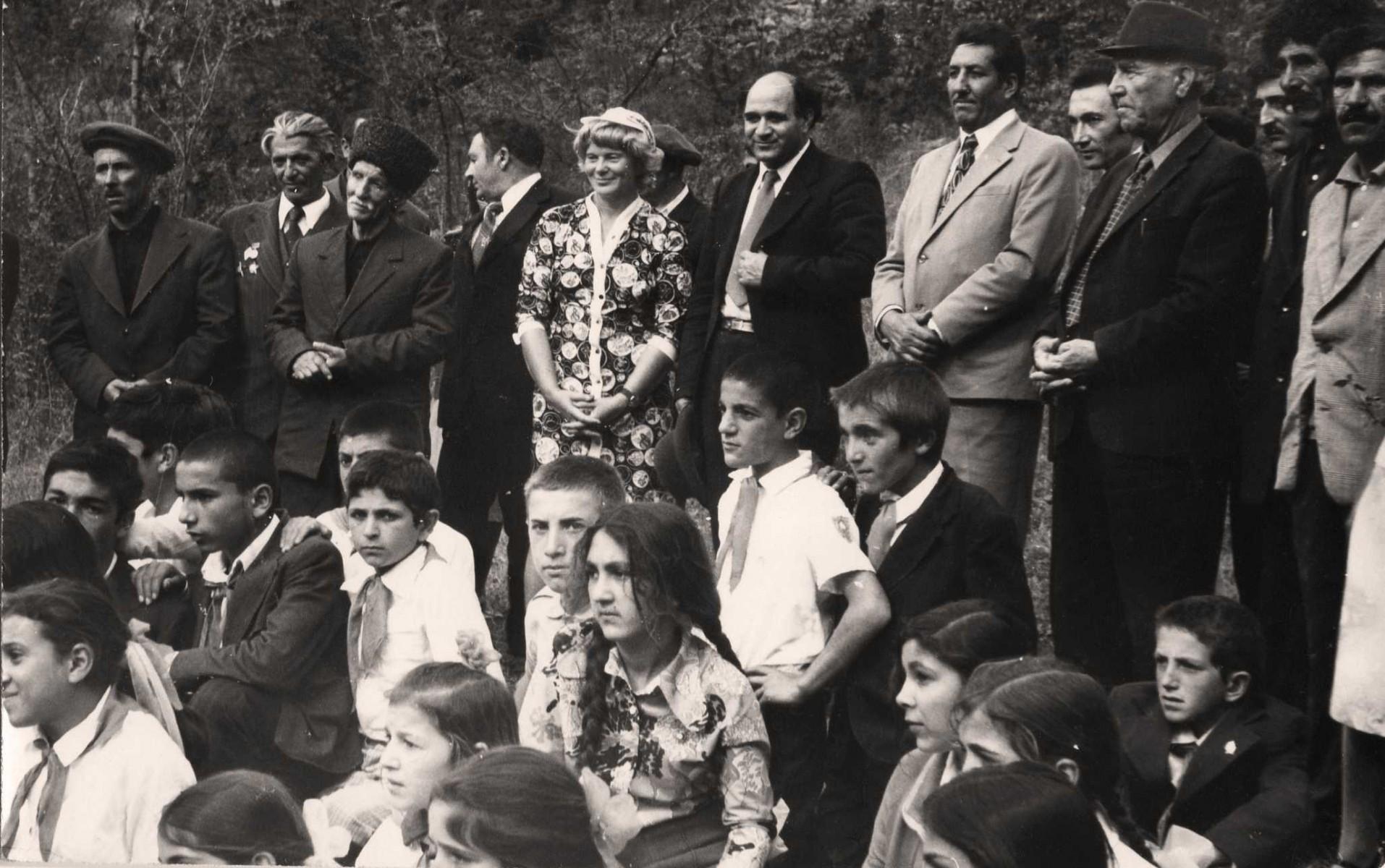Экспонат #71. Дина Мусатова в Азербайджане
