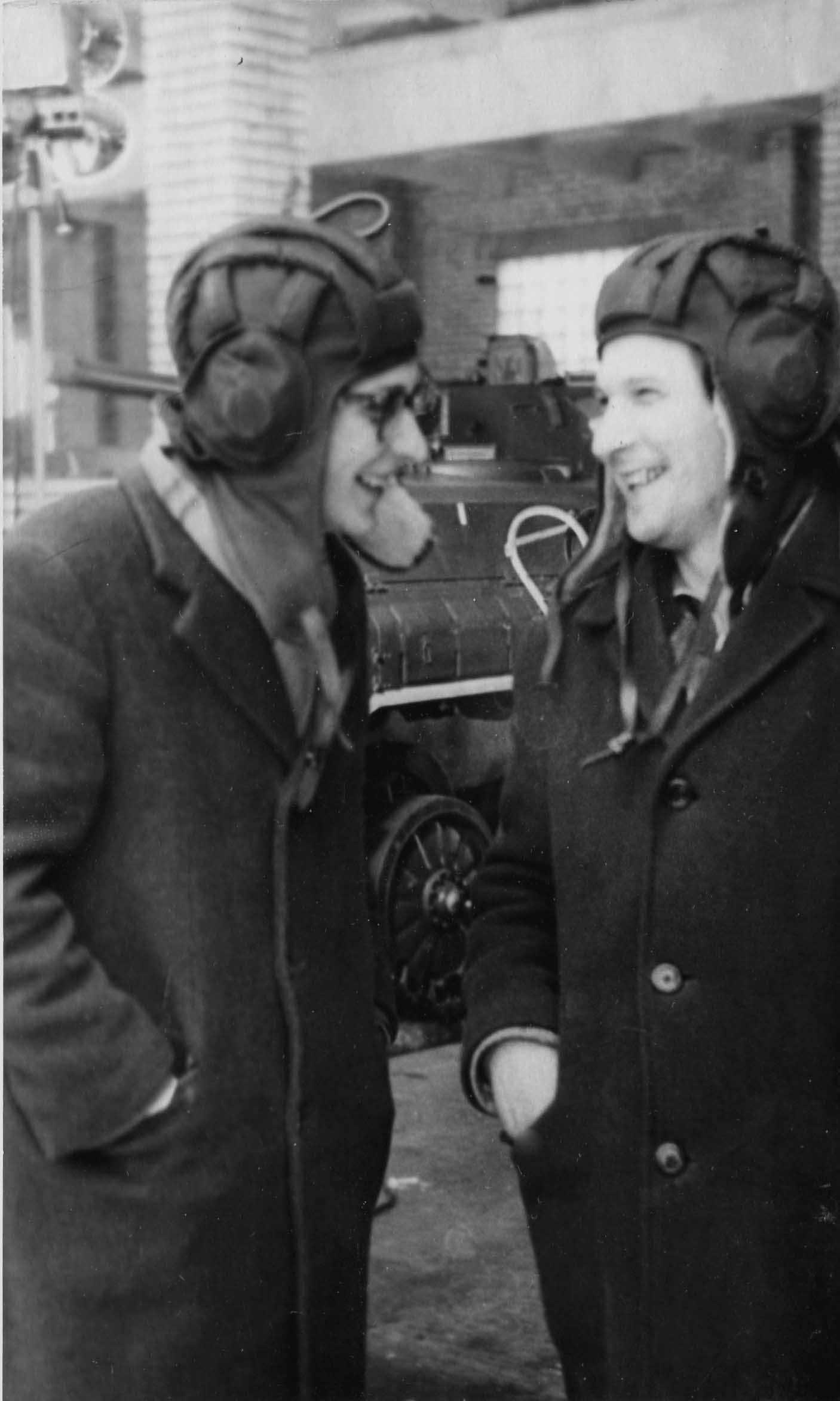 Экспонат #4. С Борисом Денисовым в Таманской дивизии. 1974 год