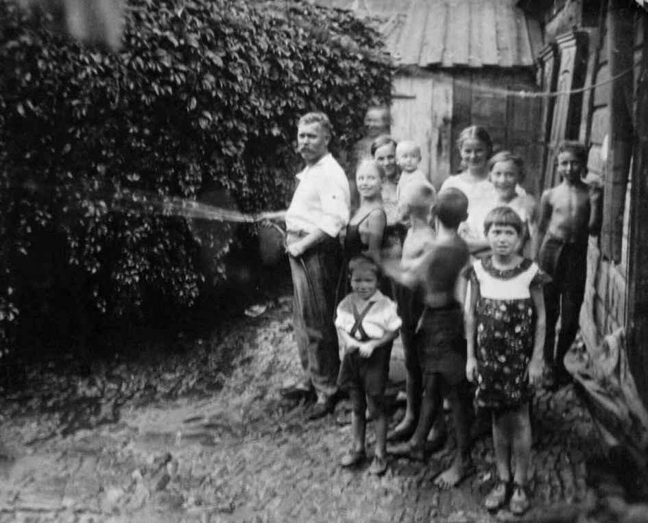 Экспонат #6.  Двор в Крепостном переулоке. Ростов-на-Дону. 26 июля 1938 года