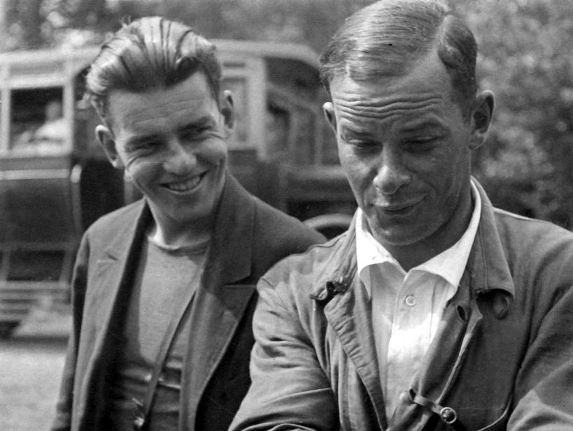 Экспонат #7. С коллегой и другом Марком Трояновским. 30-е годы