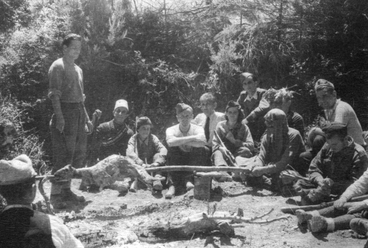 Экспонат #119. С Романом Карменом. Албания. Октябрь 1945 года