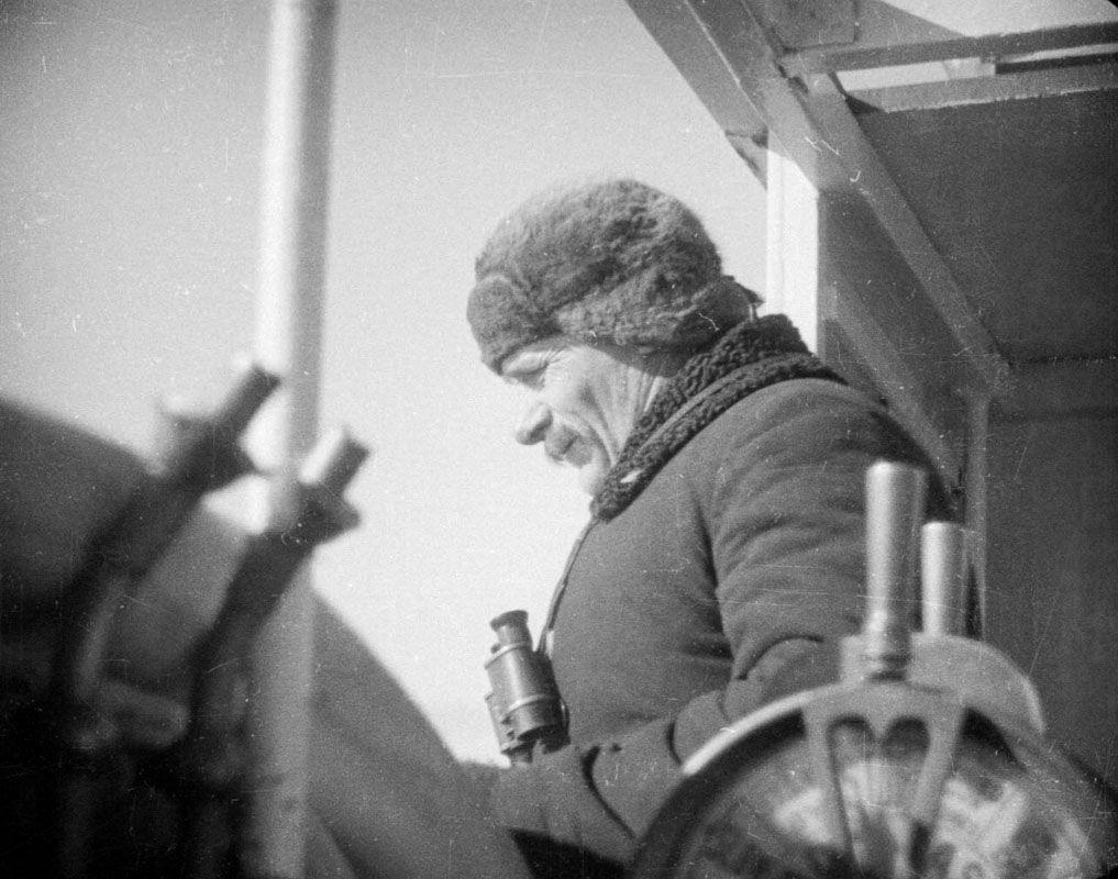 Экспонат #41. Капитан«Челюскина» Воронин. 1933 год