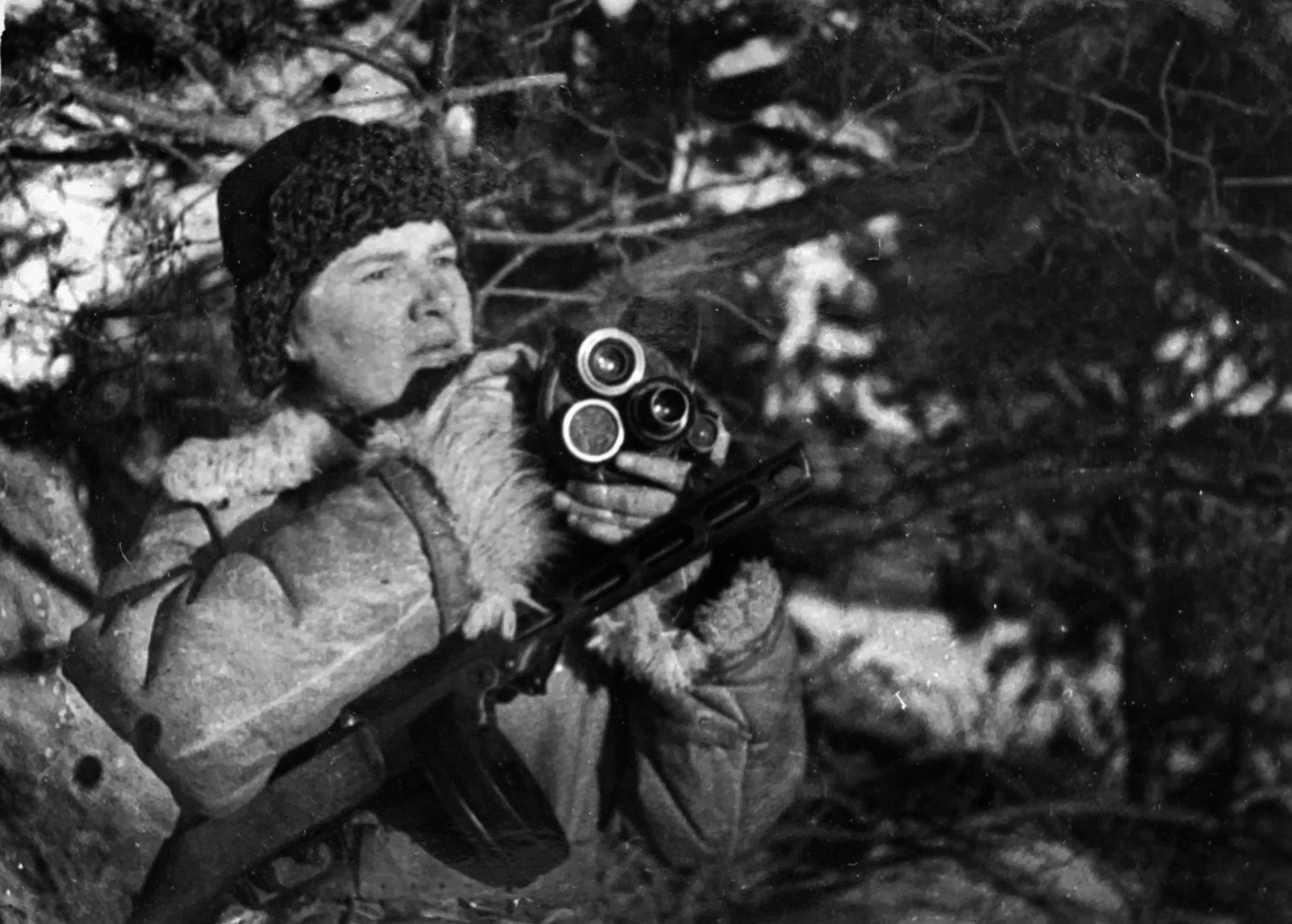 Экспонат #8. Завертелась ручка киноаппарата... 1943 год